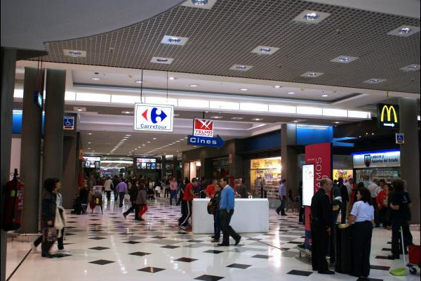 centro-comercial-los-rosales-10